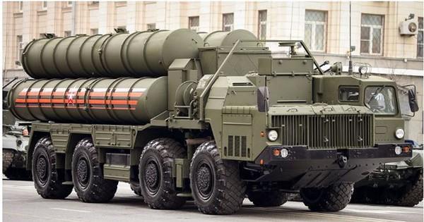"""Điểm danh 3 loại vũ khí """"đắt xắt ra miếng"""" của Nga"""