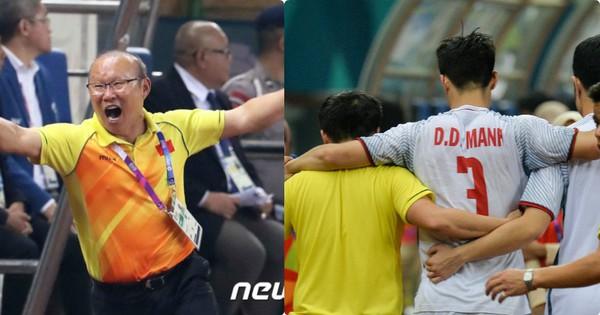 """Trợ lý của HLV Park Hang-seo: """"Duy Mạnh chuột rút toàn thân, người cứng đơ như cục gạch"""""""