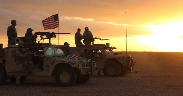 """Quân nhân Mỹ """"tiết lộ"""" lý do nước này đang đánh mất """"vị trí thống trị"""" thế giới"""