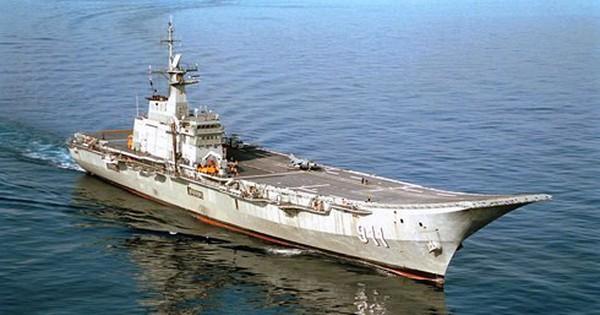"""Giải mã 7 hàng không mẫu hạm """"thảm họa"""" nhất thế giới"""
