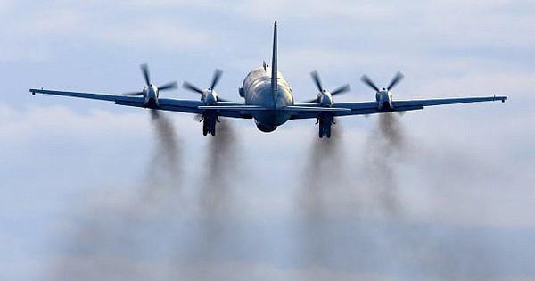 """Moskva triệu khẩn cấp Đại sứ Israel chất vấn vụ """"gài Il-20 Nga vào thế"""" hứng tên lửa Syria"""