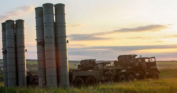 """Nga sắp cung cấp """"rồng lửa"""" S-300 cho Syria?"""
