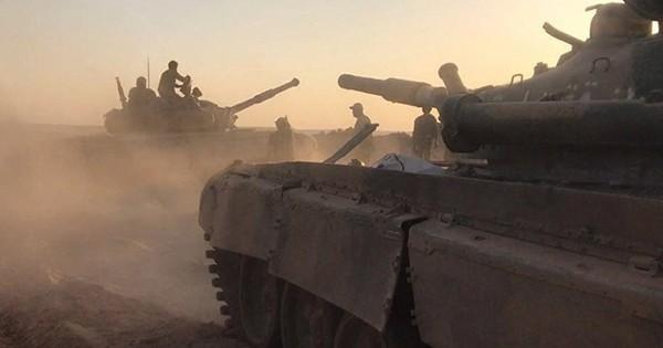 """Huyết chiến ở Idlib """"đổ vỡ"""", Syria rục rịch động binh đổ bộ chiến trường phía nam"""