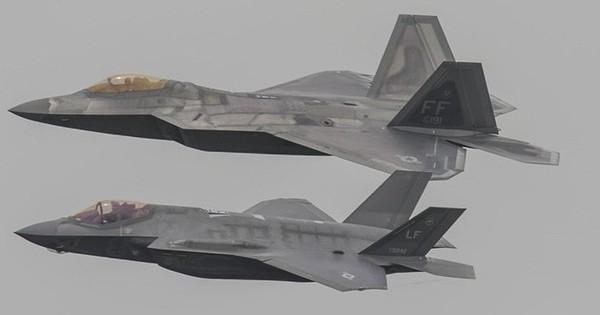 Mỹ muốn chế tạo siêu tiêm kích lai giữa F-22 và F-35