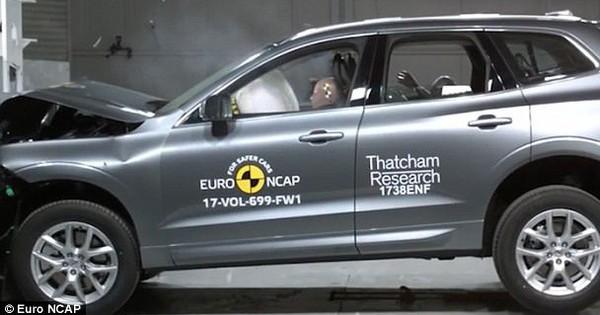 Đây tiếp tục là chiếc ô tô an toàn nhất thế giới, bán giá bao nhiêu tại Việt Nam?
