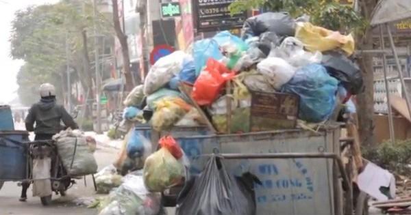 Video: Hà Nội 3 ngày ngập rác