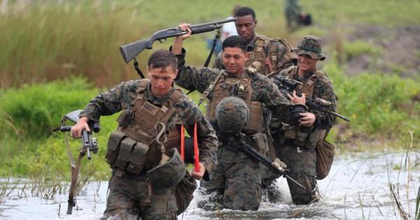 """Philippines muốn """"xét lại"""" hiệp ước phòng thủ chung với Mỹ"""
