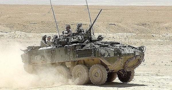 """[ẢNH] Phiến quân hồi giáo Trung Đông bẻ gãy cuộc tấn công và tiêu diệt """"niềm tự hào của Mỹ"""" LAV-25"""