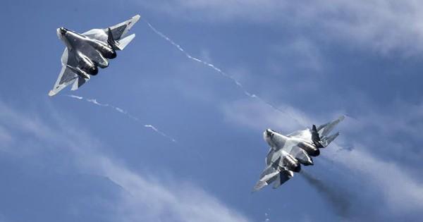 """Vừa tán dương, vừa """"dìm hàng"""" Su-57 Nga: Trung Quốc muốn gì?"""