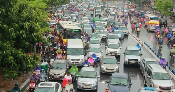 Hà Nội đang nghiên cứu thí điểm cấm xe máy trên 2 tuyến phố lớn