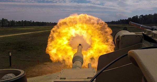 """Mô phỏng Thế chiến III: Trung Quốc, Nga đánh cho Mỹ """"không ngẩng nổi mặt""""?"""