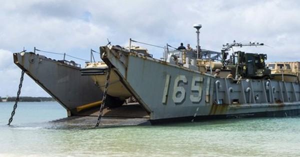 Biển Đông nóng lên, thủy quân lục chiến Mỹ diễn tập đánh chiếm đảo