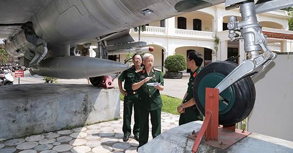 Chiếc đồng hồ của Thượng tướng Phạm Thanh Ngân