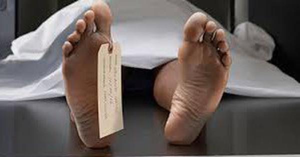 Ngã cạnh bàn làm việc ở công ty, một người nước ngoài tử vong