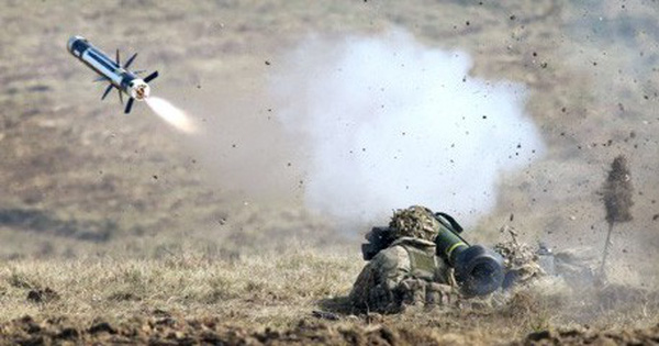 Tổ hợp tên lửa Javelin – Cột mốc lớn trong cuộc đua vũ khí chống tăng?