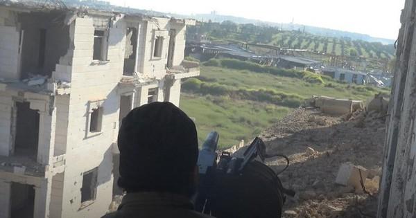 """Thủ lĩnh khủng bố mất tích đột ngột ra lệnh """"tử chiến"""": QĐ Syria """"ôm đầu máu"""" bỏ chạy"""