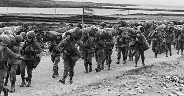 Nhìn lại cuộc chiến Falkland 37 năm trước