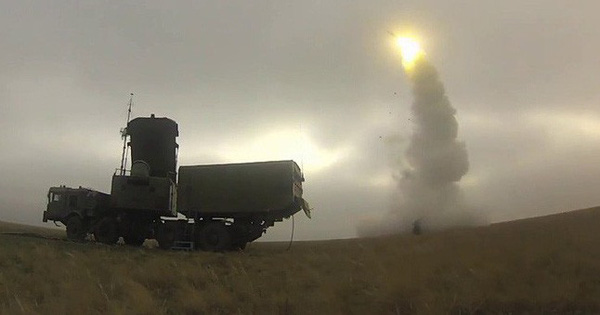 """S-500 Nga khai hỏa tấn công: Cả F-35 và mọi hệ thống phòng thủ của Mỹ đều """"tan xác""""!"""