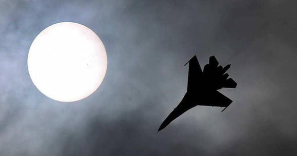 """Kẻ nào đẩy Su-35S chạm trán với J-31? Hé lộ những tình tiết của bản hợp đồng """"mù mịt"""""""