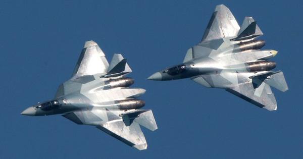 """Nga chế tạo tiêm kích Su-57 """"chậm như rùa bò"""": Chuyện bất thường gì đang xảy ra?"""