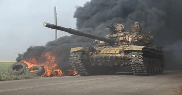 """Khủng bố tổ chức phản công lớn tại Tây Bắc Syria: """"Tín hiệu"""" không kích của Mỹ hiệu quả?"""