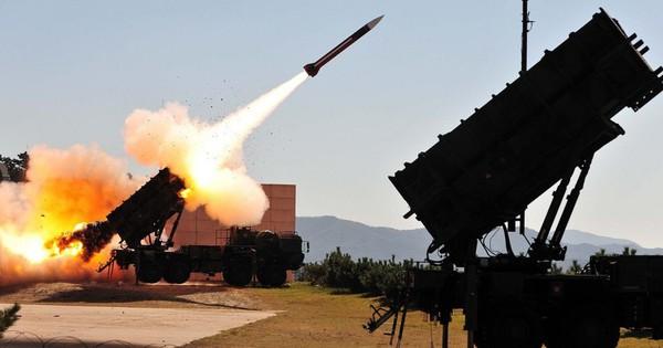 Tên lửa Avangard Nga ồ ạt khai hỏa tấn công: Phòng không Mỹ gục ngã trong đau đớn?
