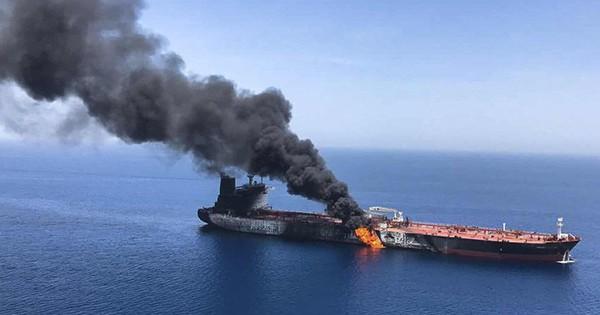 Động cơ thực sự sau vụ tấn công 2 tàu chở dầu ở Vịnh Oman là gì?