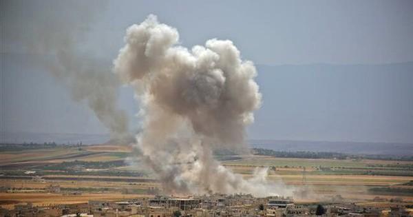 """Chiến sự Syria: Nga-Syria không kích phá tan """"ổ khủng bố"""" đang âm mưu phản công"""