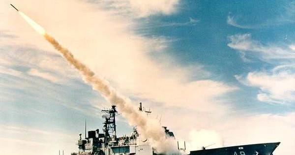 Tàu chiến Mỹ bắn rơi máy bay Iran: Thảm kịch đối đầu kinh hoàng Mỹ – Iran cách đây 30 năm