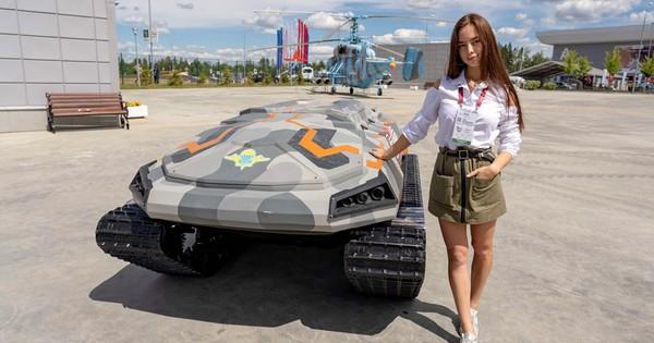 Nga trưng bày dàn vũ khí khủng bên lề diễn đàn Army-2019