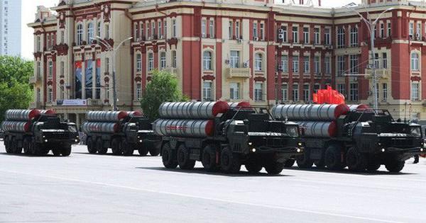 """Ông Erdogan đã qua """"cửa ải"""" ông Trump, S-400 sẽ chuyển đến Thổ Nhĩ Kỳ trong 10 ngày tới?"""