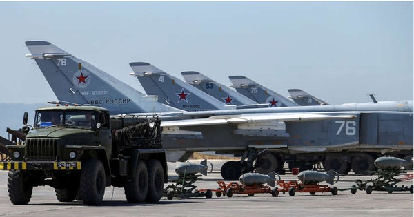 """Đầu não ở Syria bị tập kích dai dẳng: Cách nào giúp Nga """"vững chân"""" từ các cuộc tấn công?"""