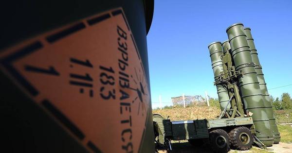 """Nhận """"rồng lửa"""" S-400 đầu tiên từ Nga, Thổ Nhĩ Kỳ """"chơi chiêu"""" bất ngờ khi mang đến sát vách Syria?"""