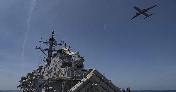 """Nga có theo gương Iran để S-400 """"lấy số"""" bắn hạ cặp đôi RQ-4A và P-8A ở Crimea?"""