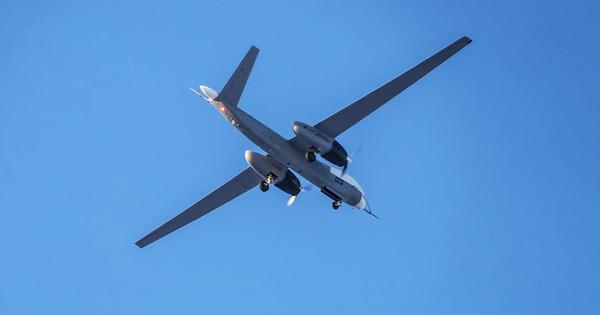Nga đưa máy bay không người lái trinh sát – tấn công hạng nặng cất cánh thử nghiệm