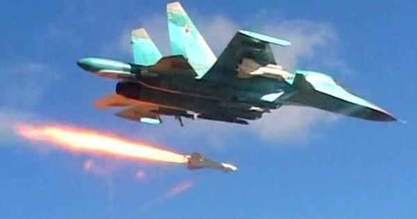 Không lực Nga không kích dữ dội vào trụ sở phiến quân ở phía nam Idlib