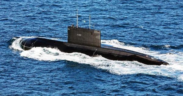 """Tàu ngầm Kilo """"diệt"""" tàu ngầm hạt nhân Mỹ"""