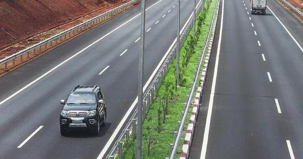 Thông tin mới vụ cấm vĩnh viễn 2 ô tô chạy trên cao tốc