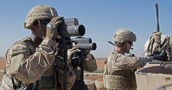 """Mỹ """"mập mờ"""" để lại 1.000 binh sĩ cắm chốt ở Syria"""
