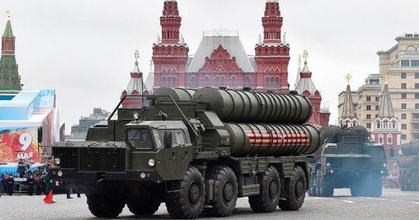 """Bất chấp cảnh báo """"rắn"""", đồng minh Mỹ lại tỏ ra hứng thú với S-400 của Nga"""