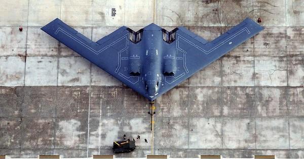 Không quân Mỹ cần hàng trăm máy bay ném bom tàng hình B-21 chống Nga – Trung
