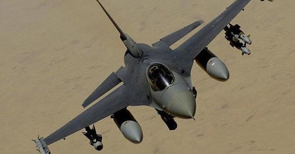 Chê giá cao, Bulgaria có khả năng ngừng mua F-16 của Mỹ