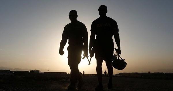 Mỹ tính tung đội quân khổng lồ 10.000 lính tới sát cửa ngõ của Iran