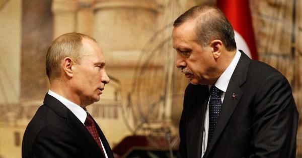 Tung đòn không kích ở Syria, Nga hỏi Thổ Nhĩ Kỳ: Chọn S-400 hay mất Idlib?