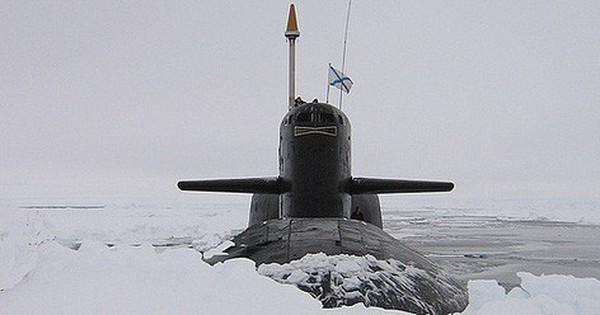 [ẢNH] Tàu ngầm hạt nhân Nga phá tung băng Bắc Cực, tín hiệu khốc liệt được báo trước?