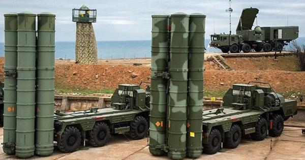 """Duyên cớ khiến Thổ """"một lòng"""" với S-400 của Nga bất chấp đe nẹt từ Mỹ"""