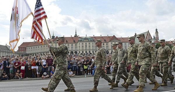 """Ba Lan xây dựng """"căn cứ quân sự tầm cỡ"""" cho quân đội Mỹ"""