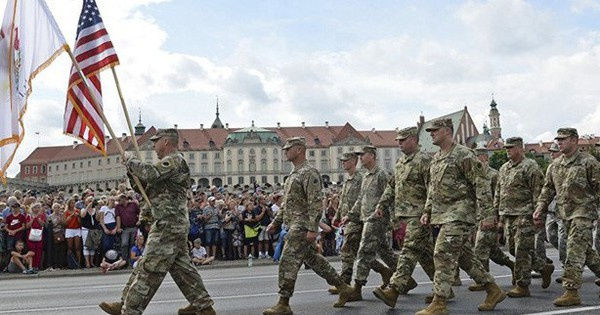 Nga củng cố binh lực ở sườn tây khi Mỹ điều binh hùng hậu tới sát nách