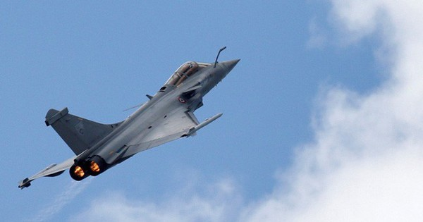 Châu Âu chậm chân so với Mỹ và Trung Quốc trong đầu tư không quân