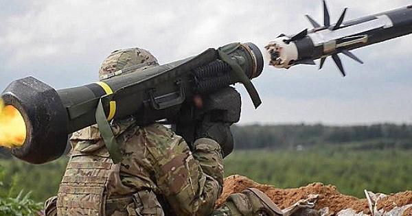 Ukraine sẽ mua thêm vũ khí Mỹ thông qua chương trình đặc biệt